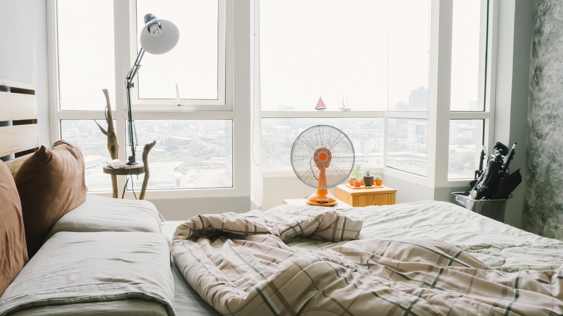 Using a Fan in the Bedroom